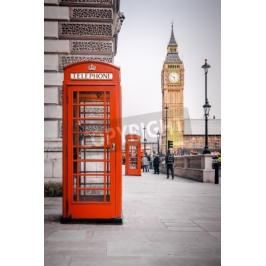 Plakat A photography of a red phone box in London UK